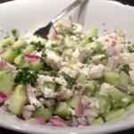 Rezept: Gurken-Schafkäse-Salat mit frischer Minze