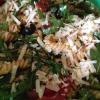 Rezept: Sommer-Nudelsalat mit getrockneten Tomaten, Rucola und Parmesan