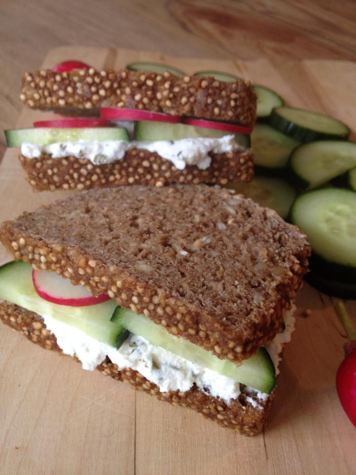 frischkäse-sandwich