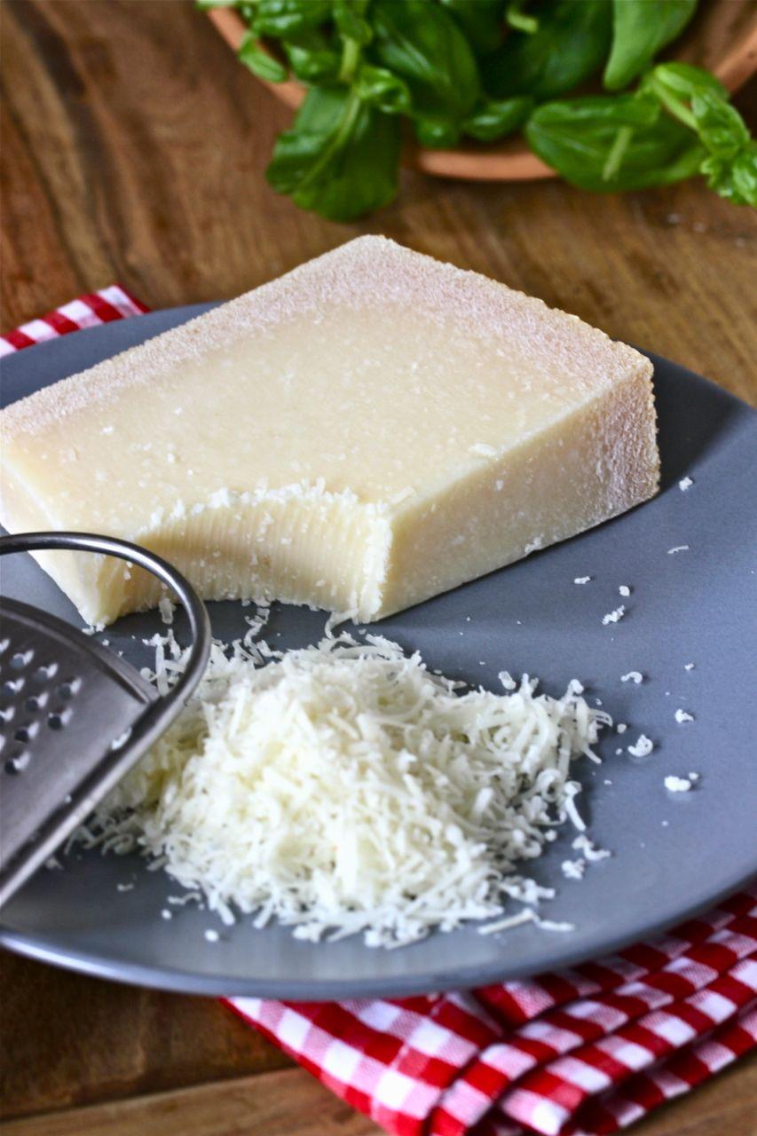 Parmigiano-Reggiano-Parmesan
